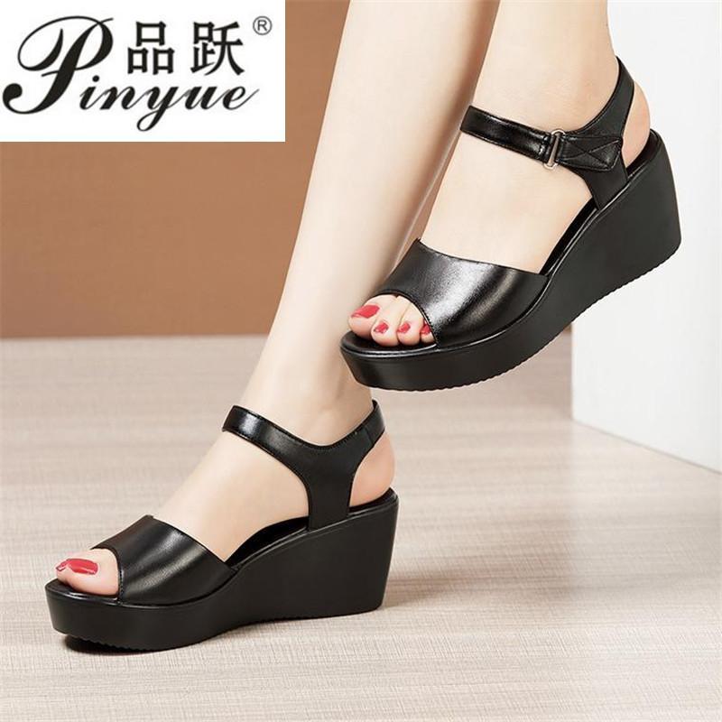 Küçük Büyük Boy 34-43 Açık Kafa Yumuşak Kalın Alt Platformu Sandalet Yaz Ayakkabı 2021 Casual Orta Topuklu Takozlar Bayanlar Elbise