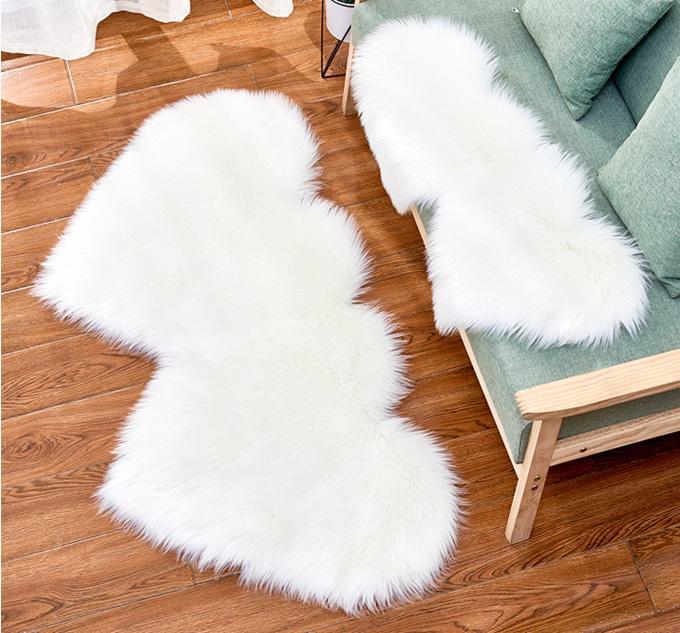 봉 제 영역 깔개 양모 카펫 제조 업체와 같은 홈 장식 거실 소파 짙어지는 더블 하트 모양의 크리 에이 티브 쿠션 사용자 정의