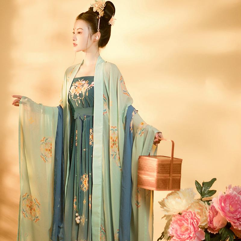 Tang style Han dress ladies embroidered chebula big sleeve suit embroidery
