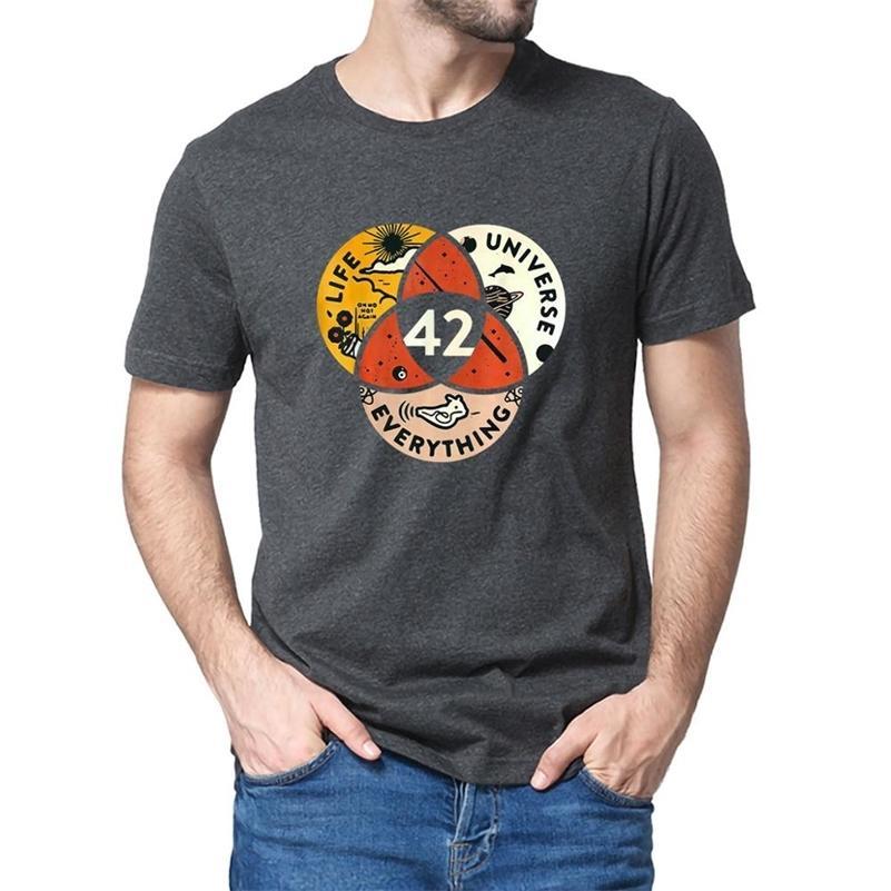 Unisex 100% algodão 42 A resposta para a vida o universo e tudo de Douglas Adams T-shirt dos homens negros mulheres macias 210322