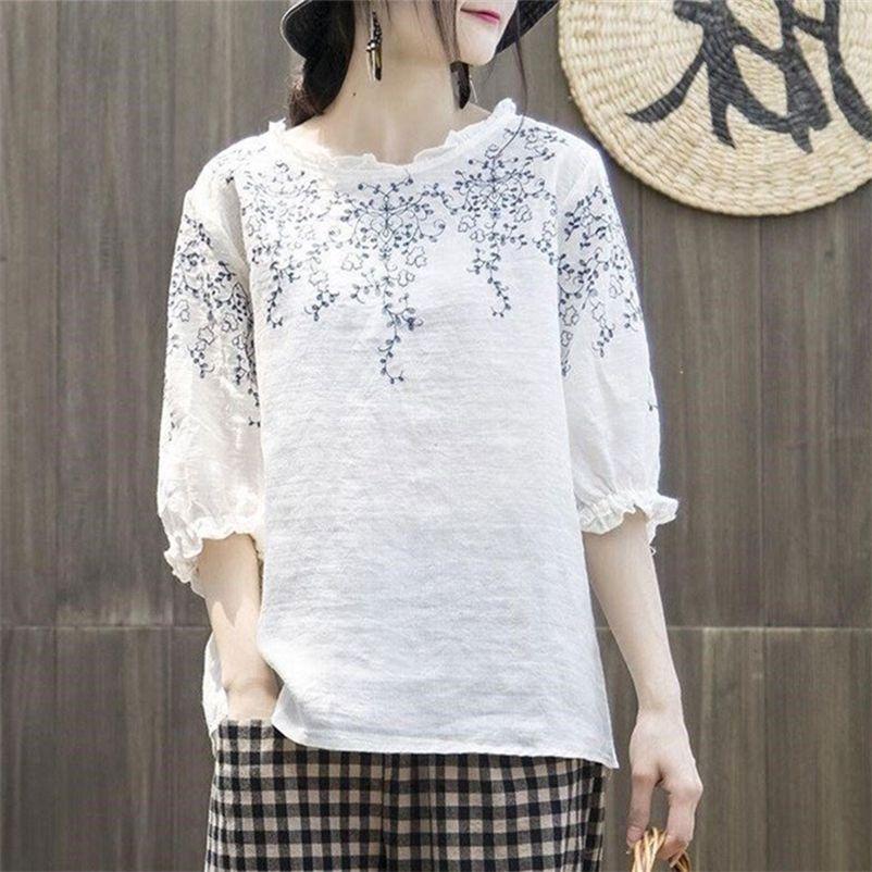 FJE Yaz Tarzı Kadın Tshirt Artı Boyutu Yarım Kollu Gevşek Vintage Nakış Tee Gömlek Femme Pamuk Keten Tişörtleri Büyük Tops Mgz2 210320