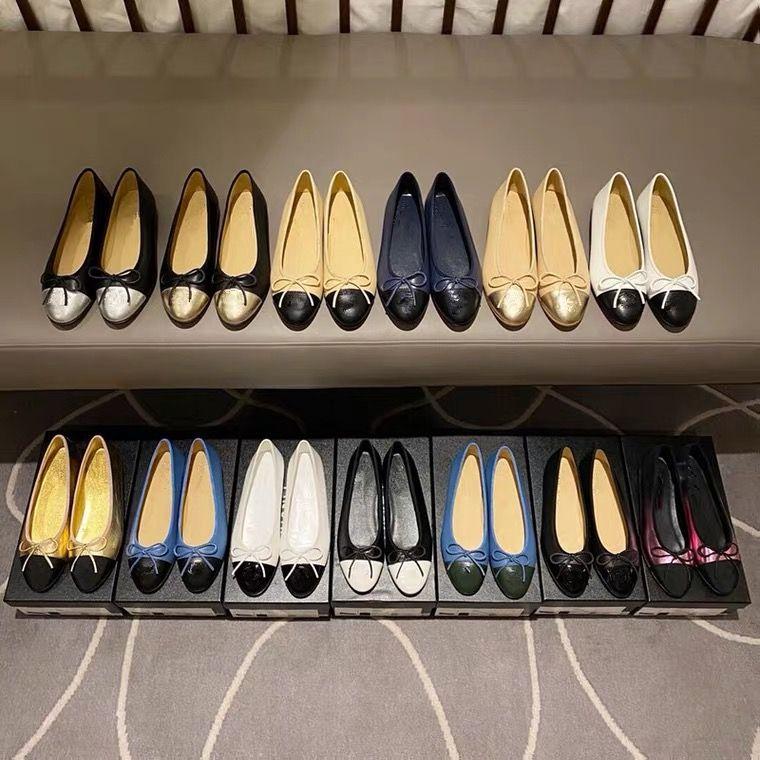 100٪ الجلود 2021 مصمم ديلوكس المرأة اللباس أحذية الباليه شقة، عارضة، باطن لينة، كعب منخفض، طباعة خفيفة