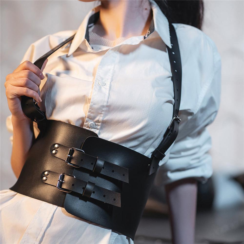 Goth largo cinto para mulheres peito sutiã brazia punk sexy guarnição corta corpo espada cinto de espada fetiche couro fetiches cinto 210326