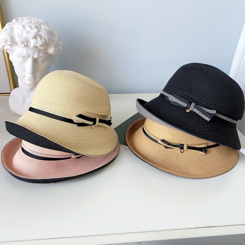 Elegante estilo Hepburn Sombrero de paja Sombrero de paja Cúpula Vendaje Arco Sombreros Pliegues Patchwork Viaje al aire libre Lady Cap