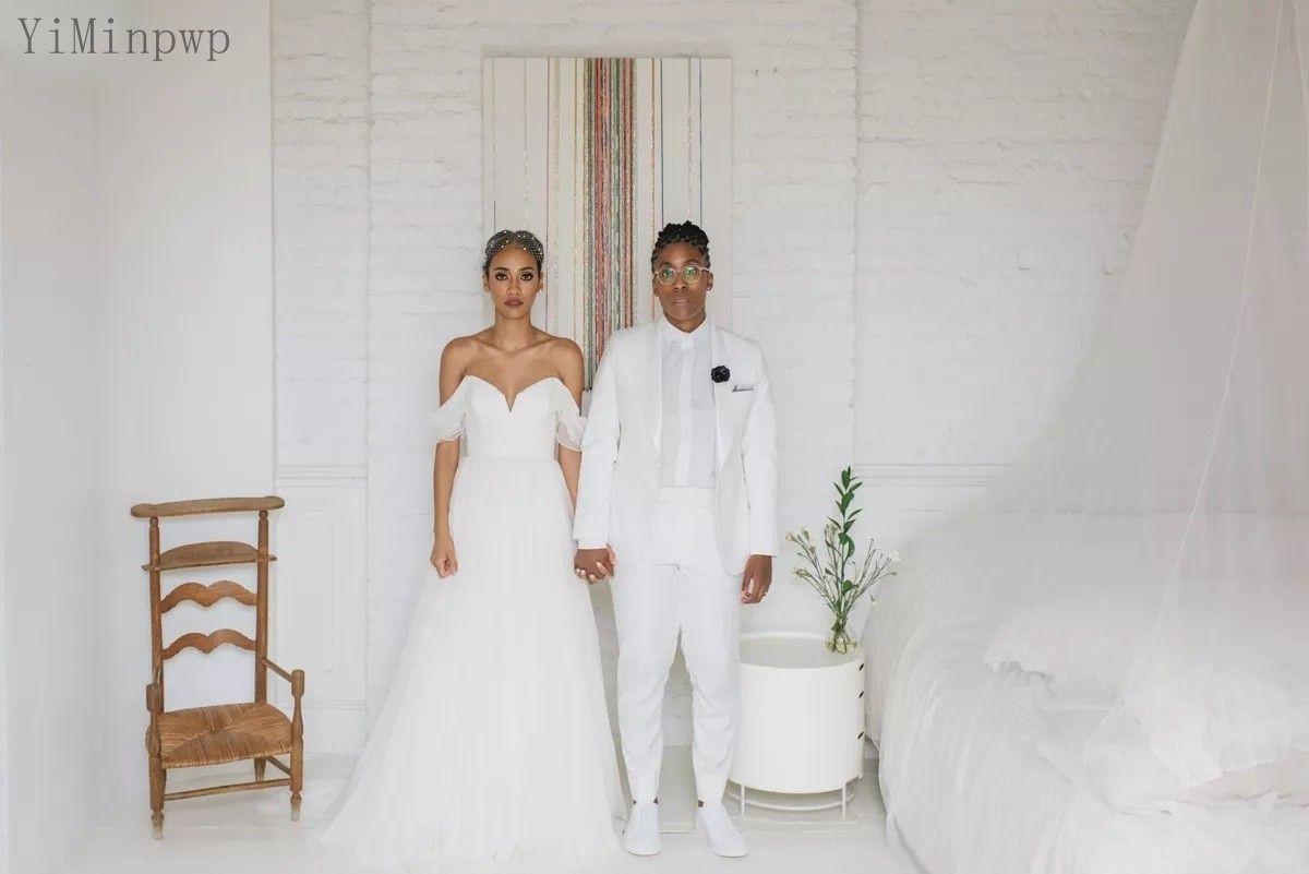 2021 Beach Wedding Dresses Bride Gown Off Shoulder Floor Length A Line Pleats Country Garden Chiffon Bridal Gowns robes de mariee Plus Size