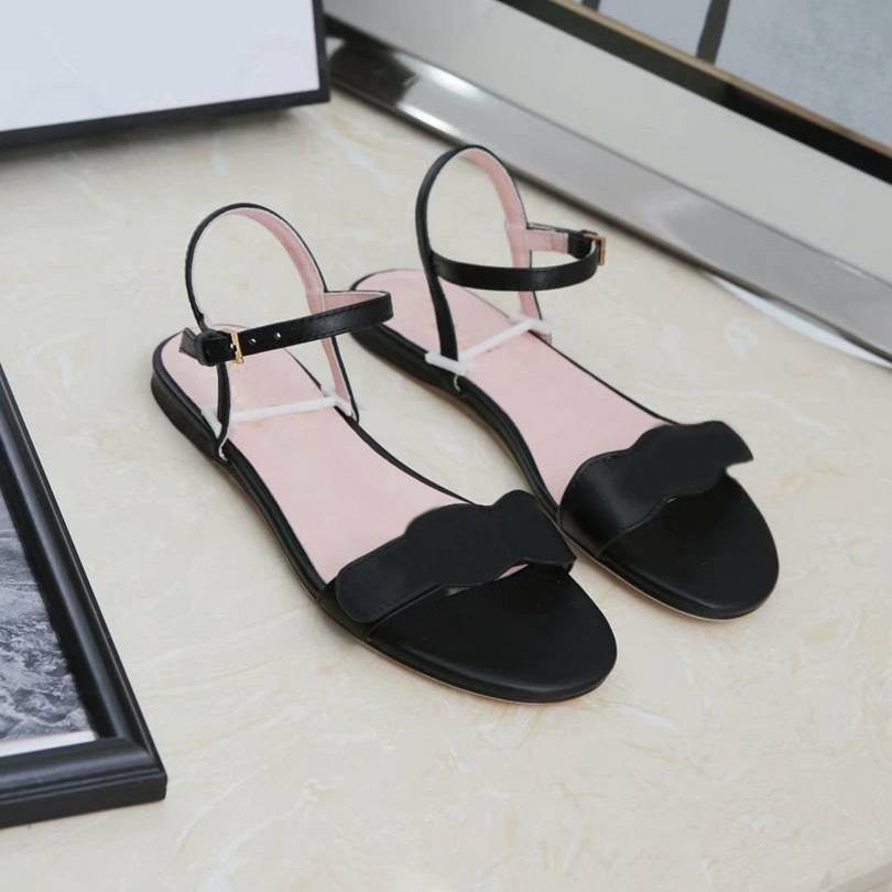 2021 صندل مصمم الشرائح النساء أحذية الصيف أزياء الشاطئ شقة عالية الكعب منصة جودة السيدات مريحة حجر الراين أسافين الأحذية الفتيات مفتوحة تو مع مربع
