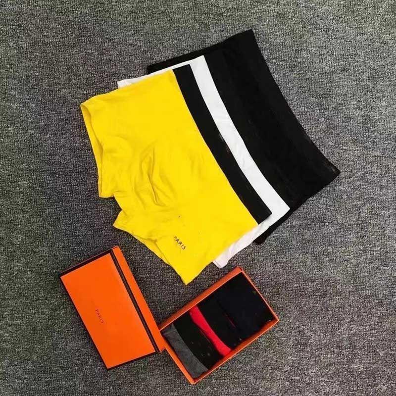 2021 Tasarımcı Markaları Külot Seksi Klasik Erkek Boxer Rahat Şort Iç Çamaşırı Nefes Pamuk Iç Çamaşırı 3 adet Kutusu Ile