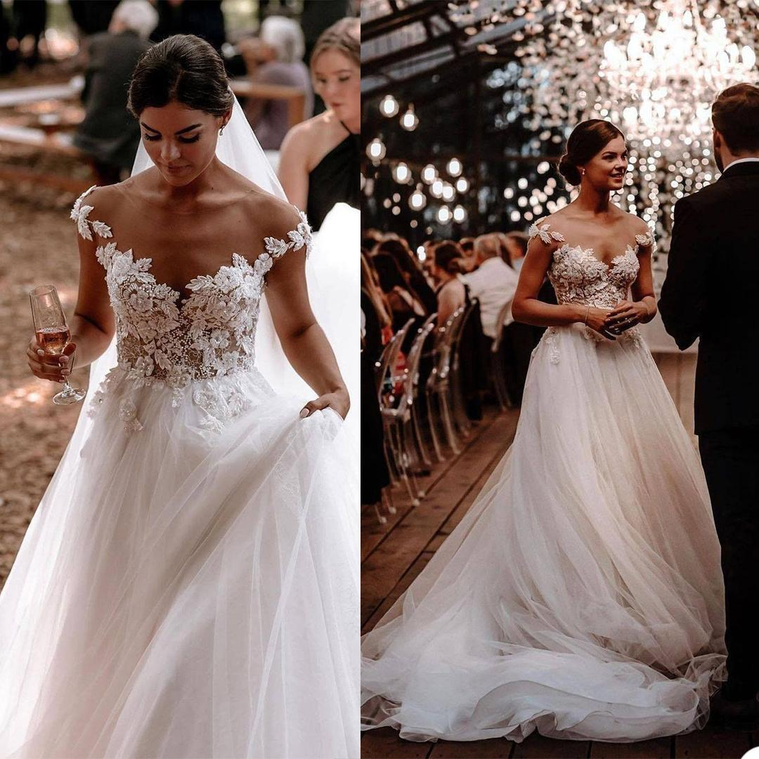 Designer Boho Wedding Dress A Line Illusion Beads Lace Appliqued Summer Beach Bridal Gowns V Neck Tulle White Lady Marriage Dresses Bohemian Robe de mariée