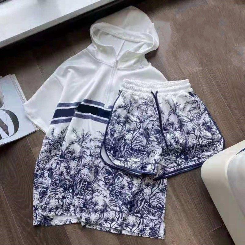 Pantalones cortos de dos piezas para mujer Set Short Set T Shirtsuits Fashion Printer Diseñador Trajes de verano Casual Traje de jogging