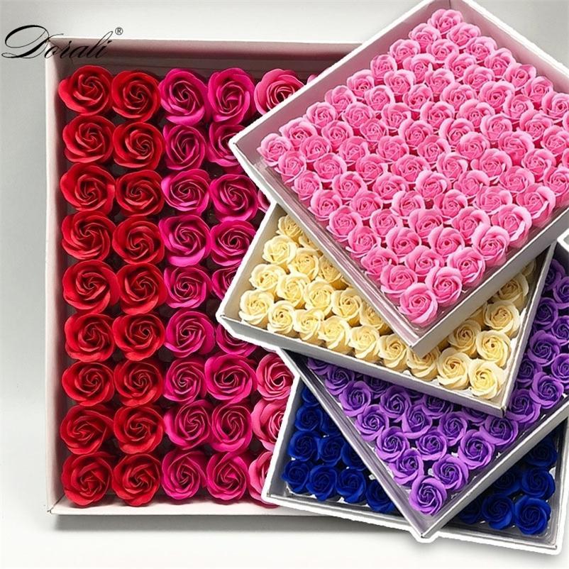 81 шт. Мыло розовый цветок цветочные мыла ароматные розовые цветы необходимые свадьбы на день Святого Валентина подарок, держа цветы 210317