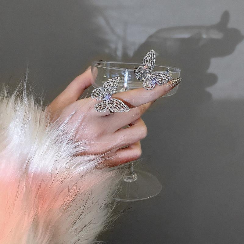 Smart y elegante diseño de mariposa anillos de apertura plateado para mujer, joyería de moda coreana, accesorios góticos, niñas, anillo de lujo