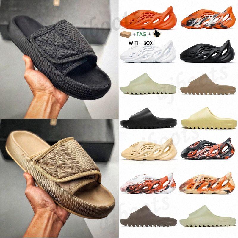 2021 Corredor de espuma Kanye Clog Sandalia Oeste Sandalia Triple Negro Slide Slipper Mujeres Mensas Tainers Bone Diseñador Sandalias de playa Solk-On Shoes # 898 X8JF #