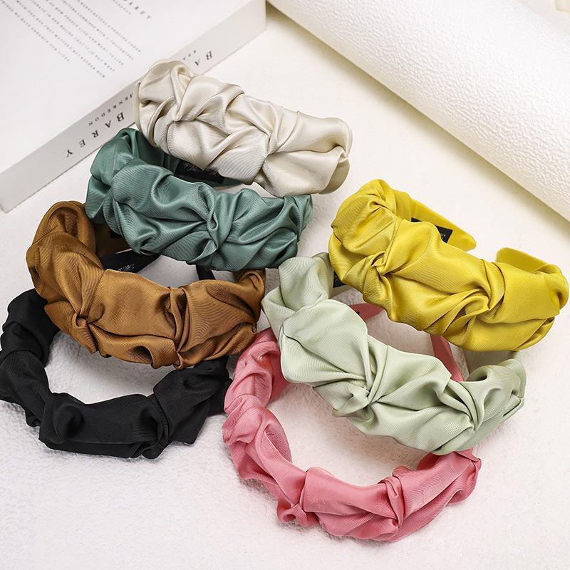 Color sólido ancho ala plisada diadema simple hembra de primavera banda de pelo lavado cara verano decorativo headwrap