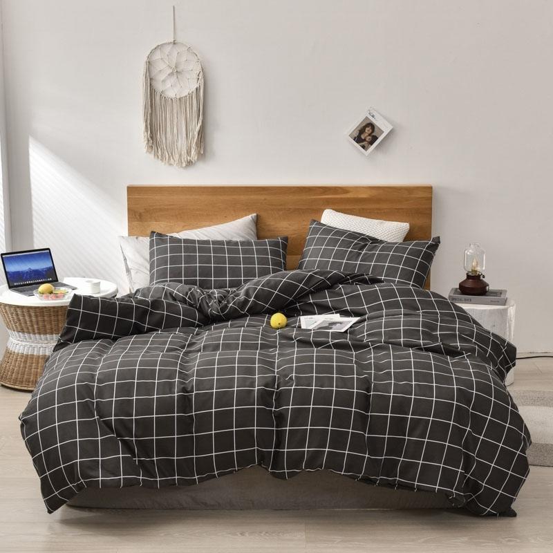Simple Literie Set Set Plaid Couette Couvercle Taie d'oreiller à la maison Confortable Produit ménager Respirant Literie Tissu doux pour la maison 210319