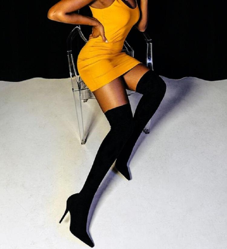 Eilyken 2021 Fashion Tissu stretch chaussette Bottes pointues de talon sur-the-the-the-the-the-genseau hauteur pointue orteil de femme de chaussure taille 35-42AW3331