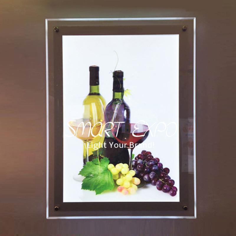 Display pubblicitario del poster della scatola del manifesto a parete da 50 * 70 cm con pannello acrilico Led 2835 Side-lit Forte Cassa in legno Imballaggio