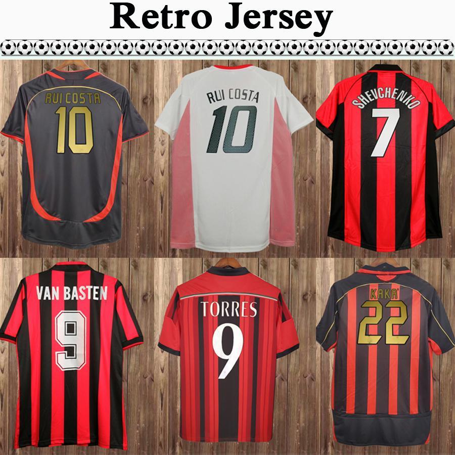 91 92 Van Basten Vierchowood Mens rétro Soccer maillots 03 07 Kaka 'Rui Costa Inzaghi Gattuso Nesta Maldini Pirlo Home Shirt de football