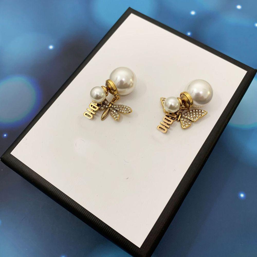 2022 Pendientes de perlas de encanto con bee Butterfly Letter Diamonds for Women Party Amantes de la boda Regalo Joyería de la joyería de compromiso Novia