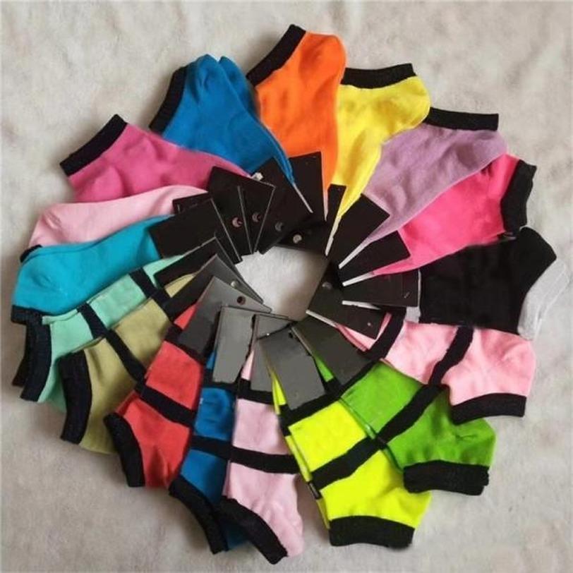 Femmes Femmes Filles Coton Chaussettes Coton Courte Noir Rose Grey Sports Sport Soccer Football Bombarder Basketball avec Tags Multi couleurs