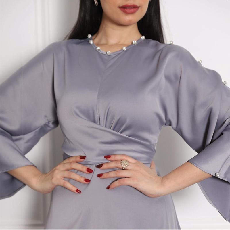 Musulman Soft Satin Wrap frontal Maxi Robe Abaya Femmes Élégante Manches longue Élévance Courroie Attachée Islamic Dubai Turquie Clohtes Vêtements ethniques