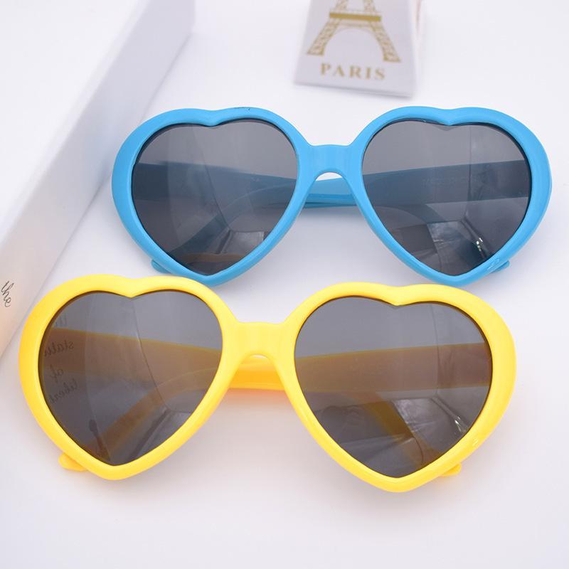 Kunststoff Liebe Herz Kinder Klassische Form Männer Vintage Sun Frauen Für Großhandel Kind Sonnenbrille Brille Multi Colors Tnpwt