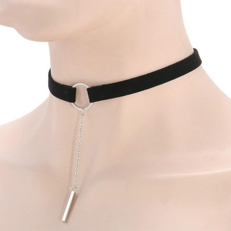Moda para mujer Collar Accesorios Terciopelo Ancho de cuero con bandas con colgante Venta al por mayor Chokers