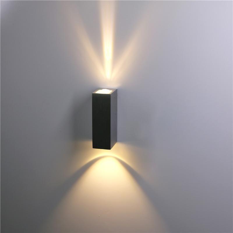 실내 옥외 방수 벽 램프 알루미늄 블랙 / 실버 아래로 빛 정원 현관 조명기구 BL105 램프