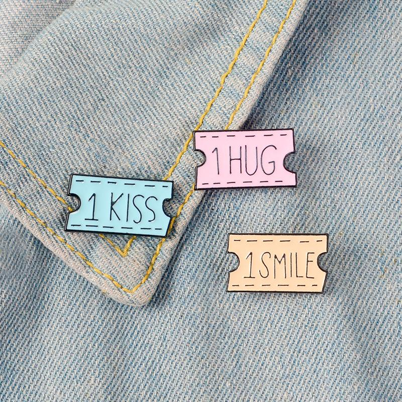 Cartoon Ticket Letter SMILE HUG Brooches Pins Enamel Brooch Lapel Pin Badge Fashion Jewelry for Women Girls Will and Sandy