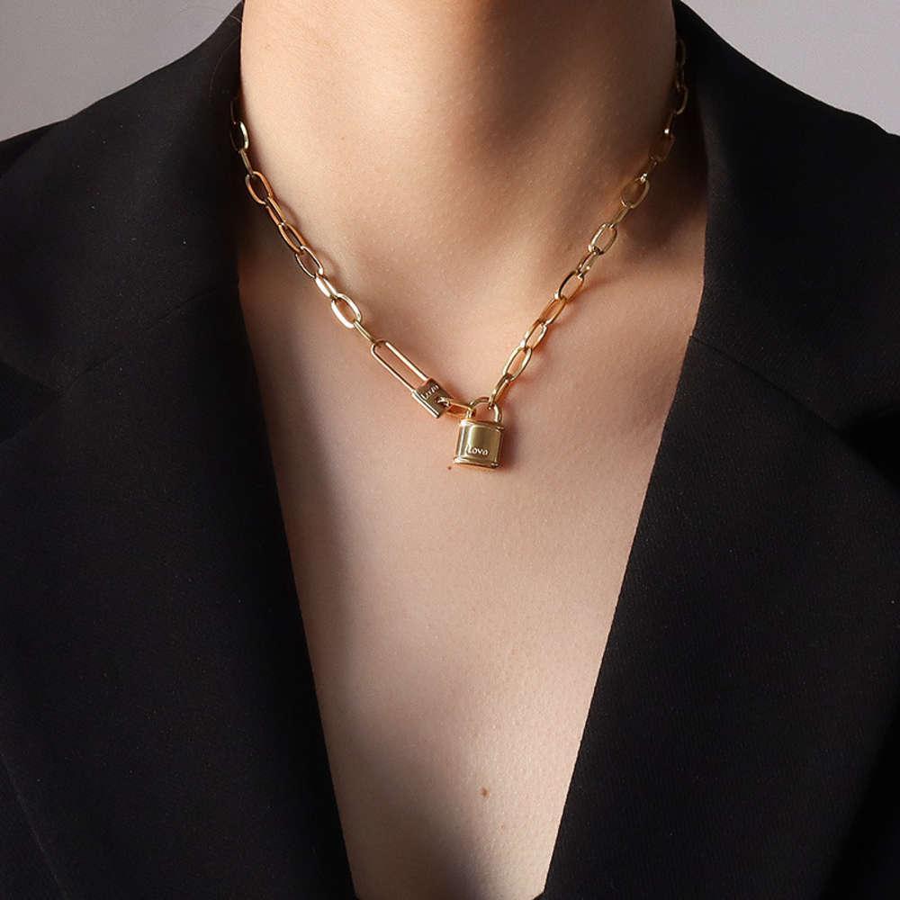 Подвесной хип-хоп модный бунт замка кулон ожерелье женские ключицы цепочки шеи ювелирные изделия титановые стальные покрытием 18k золотой P779