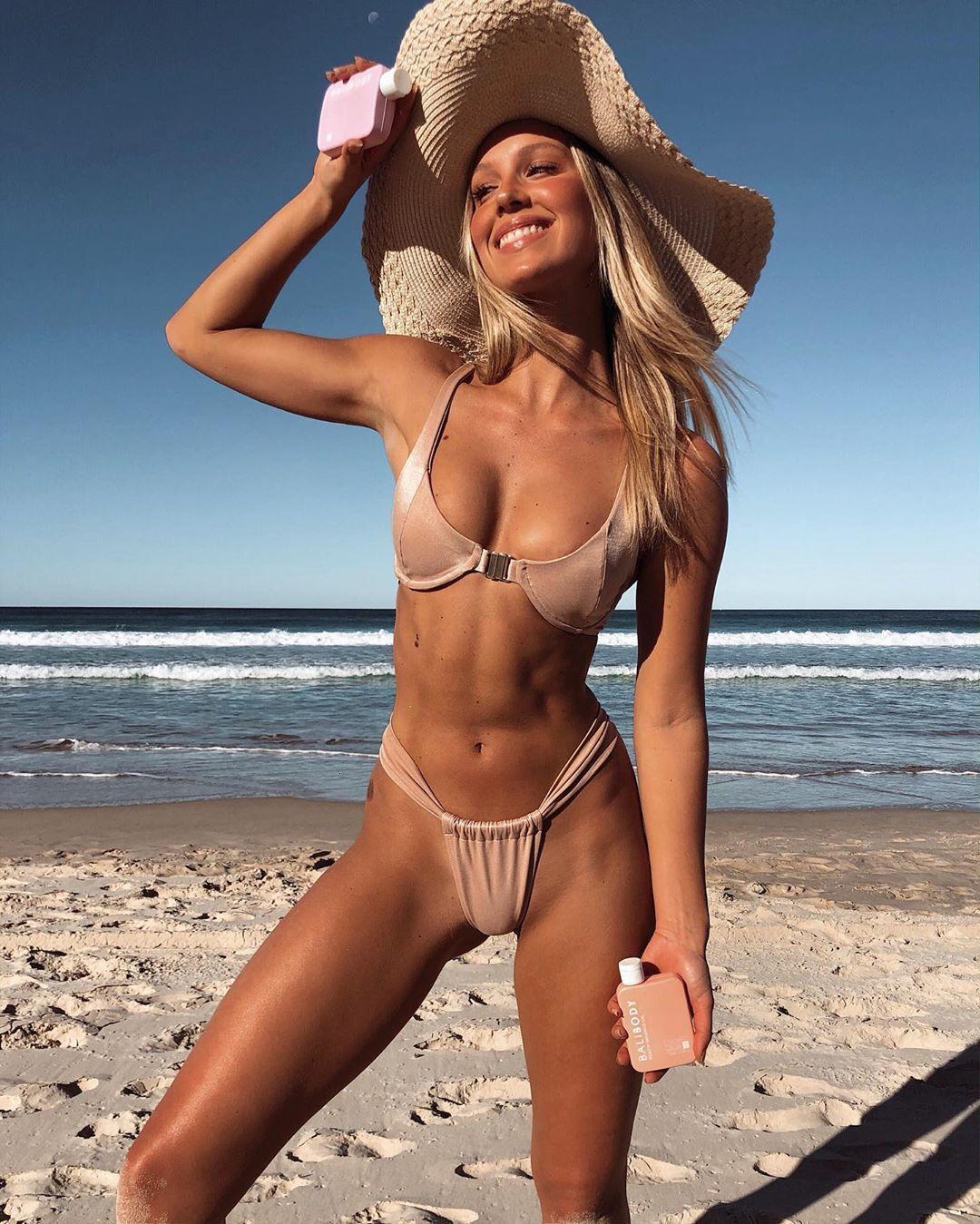 Sexy rosa Effen Tight 2020 Donne Pulsante anteriore Pulsante 2 Scotti Designer Bikini Push Up Baselsuit Beachwear