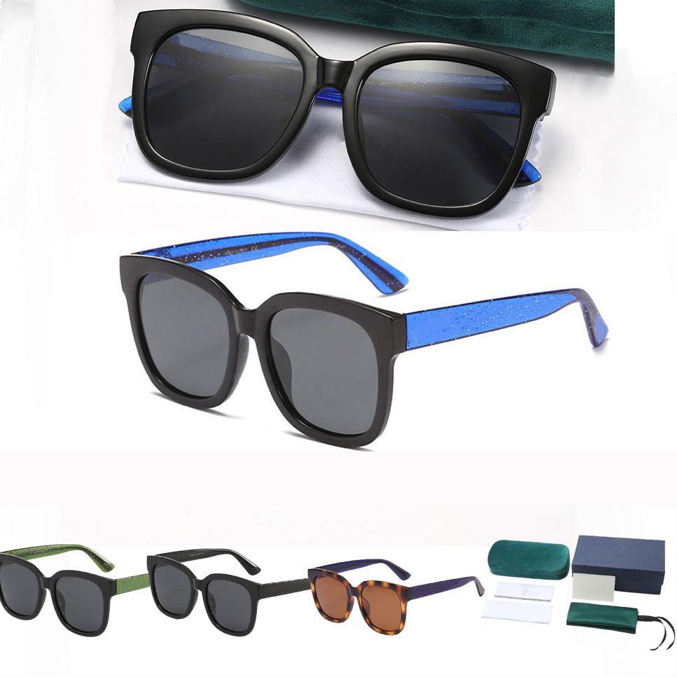 Mulher Mens Summer Sunglass 2021 Moda Cor Combinando Com Metal Letras Sunglasses 1 Set Pacote 4 Cores Opcional