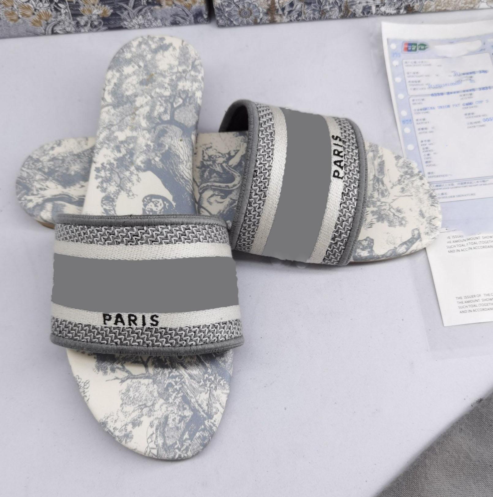 Dior slippers Bordado de moda Sandalia Floral Brocade Slippers Denim Flat Sandals Ladies Summer Summer Playa al aire libre Tamaño 35-42