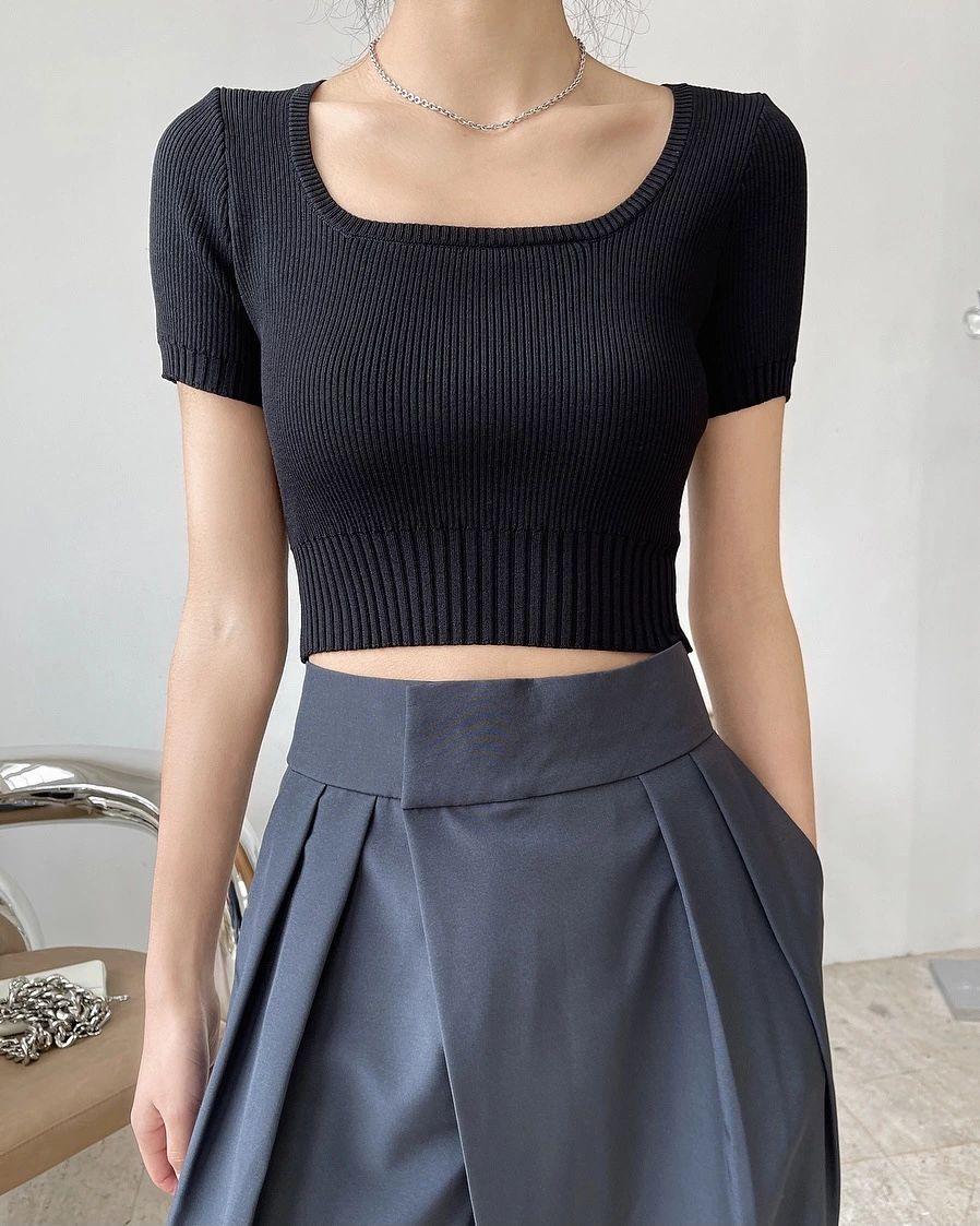 Women's tees knitsInstagram bloggers fashion square neck crop midriff T-shirts show thin short sleeves knit top women