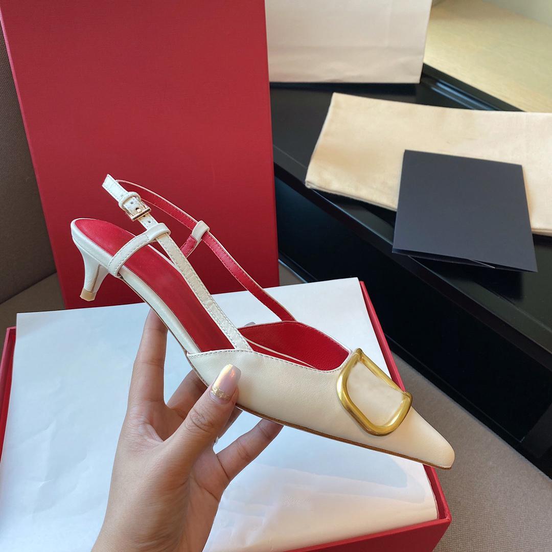النساء عالية الكعب صندل أحذية الزفاف الأحمر جلد طبيعي المعادن الخامس مشبك واحد مثير أشار تو