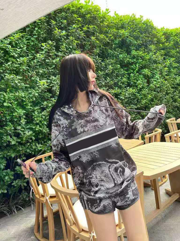 Women Tracksuits With Letters Animal Pattern Printed Tops Bottoms Two Pieces Sets For Lady Outwears Sport Tracksuit Terry Hoodie and Pants Size S-L