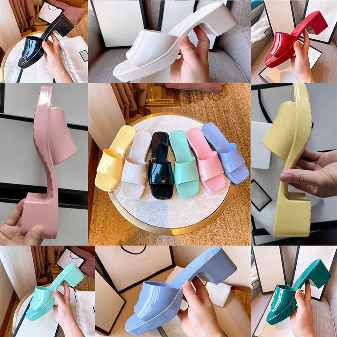 Brand Woman Slipper Quality Designer Designer Lady Sandali Summer Fashion Gelatina Slide Slittante tacco alto Tacco alto Pantofole di lusso Scarpe casual da donna in pelle da donna