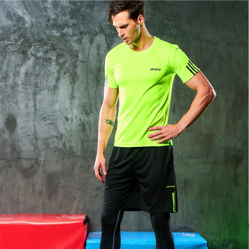 2021 Summer New Leisure Sports Youth Capris Manica corta da uomo a manica corta in esecuzione fitness vestito due pezzi set