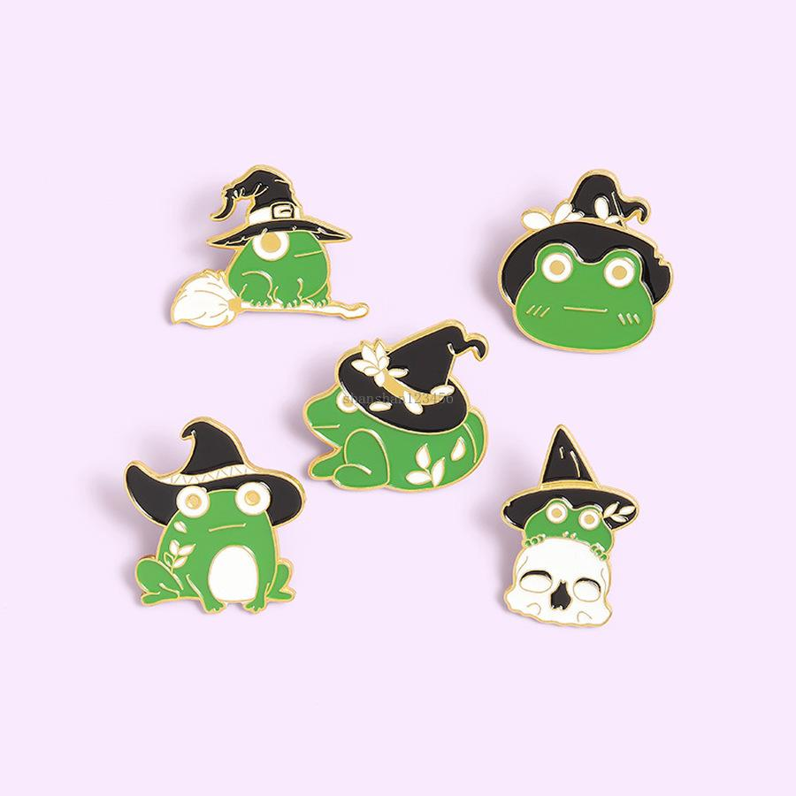 الأخضر المينا الضفدع مع قبعة دبابيس دبابيس لطيف الحيوان بروش التلبيب دبوس شارة للنساء أطفال الأزياء والمجوهرات سوف والرمل