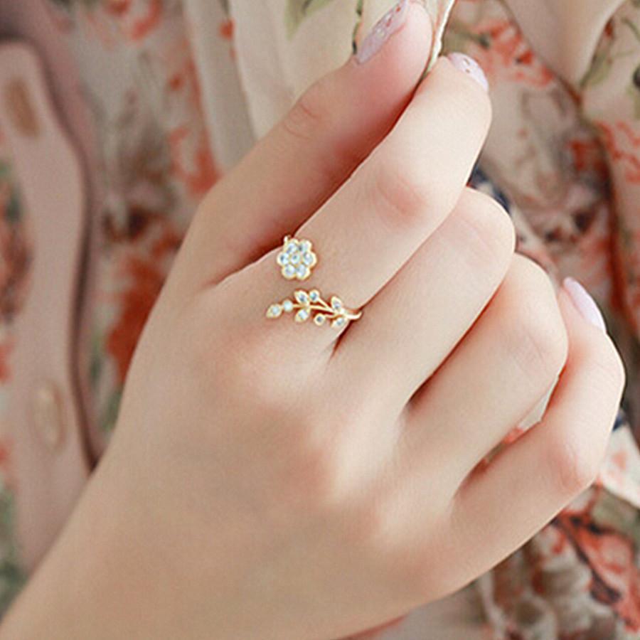 Moda coreana Temperamento Diamante Torcido Folhas Ruyi Flor Abertura Índice Anel de Dedo Feminino 7i3a