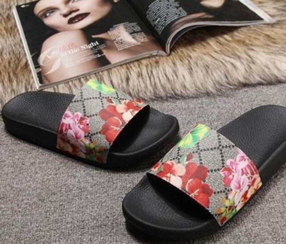 EE1 con Scatola Sandali da donna Moda Uomini Donne Sandali Donne Sandali Ladies Flip Flops Mocassini Black Bianco Rosso Green Slides Shoes 01QQ
