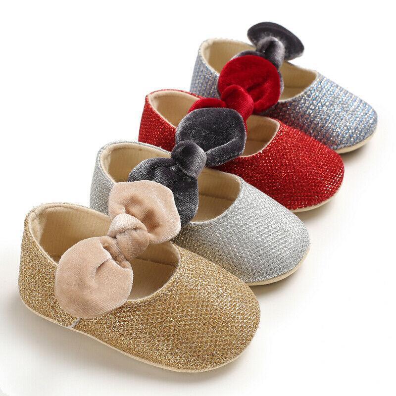 أول مشوا أحذية الطفل 0-18 متر ولد طفل لطيف فتاة سرير أحذية رياضية القوس المضادة للانزلاق لينة مطرزة عدم الانزلاق