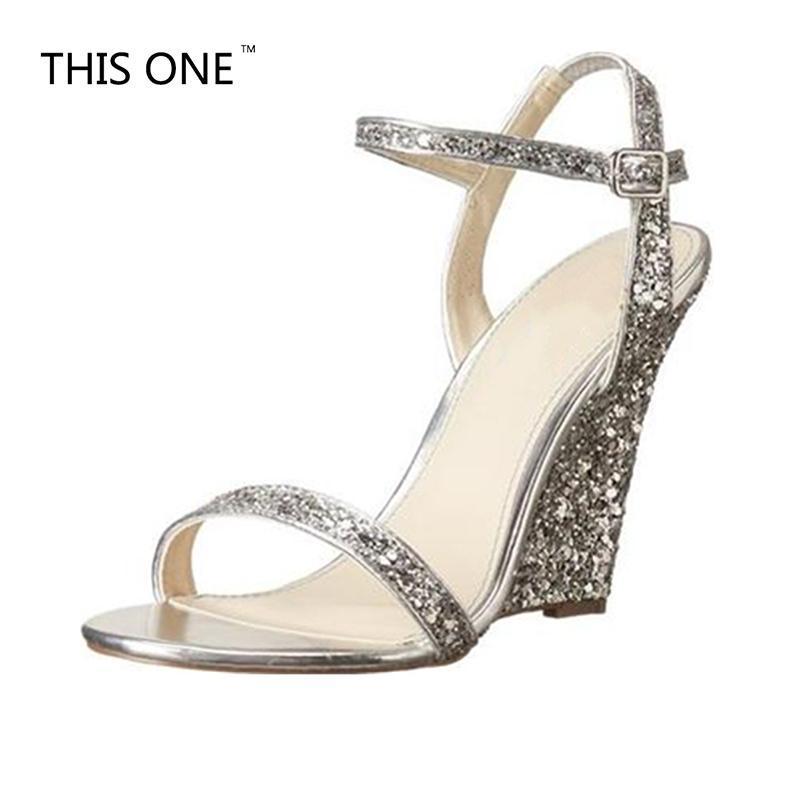 2021Summer Ayakkabı Bling Kadınlar Için Yüksek Topuklu Gümüş Sandalet Takozlar Artı Boyutu 10 cm Toka Askı Payetli Bez Kadın Parti Elbise