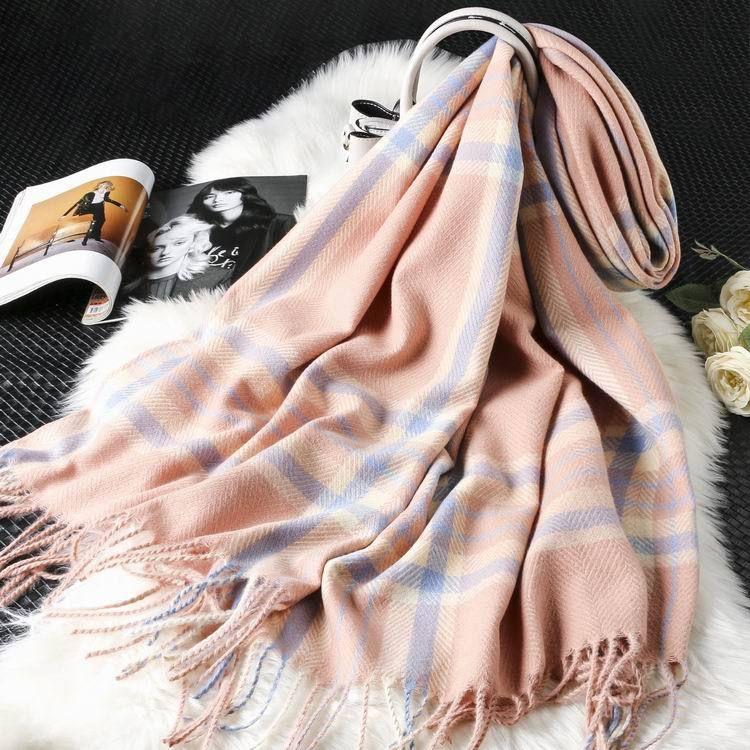 Новые женские плещеные шарфы осенью и зимнее хлопок льняные шарф сеть горячий стиль плед шарфы продали больше