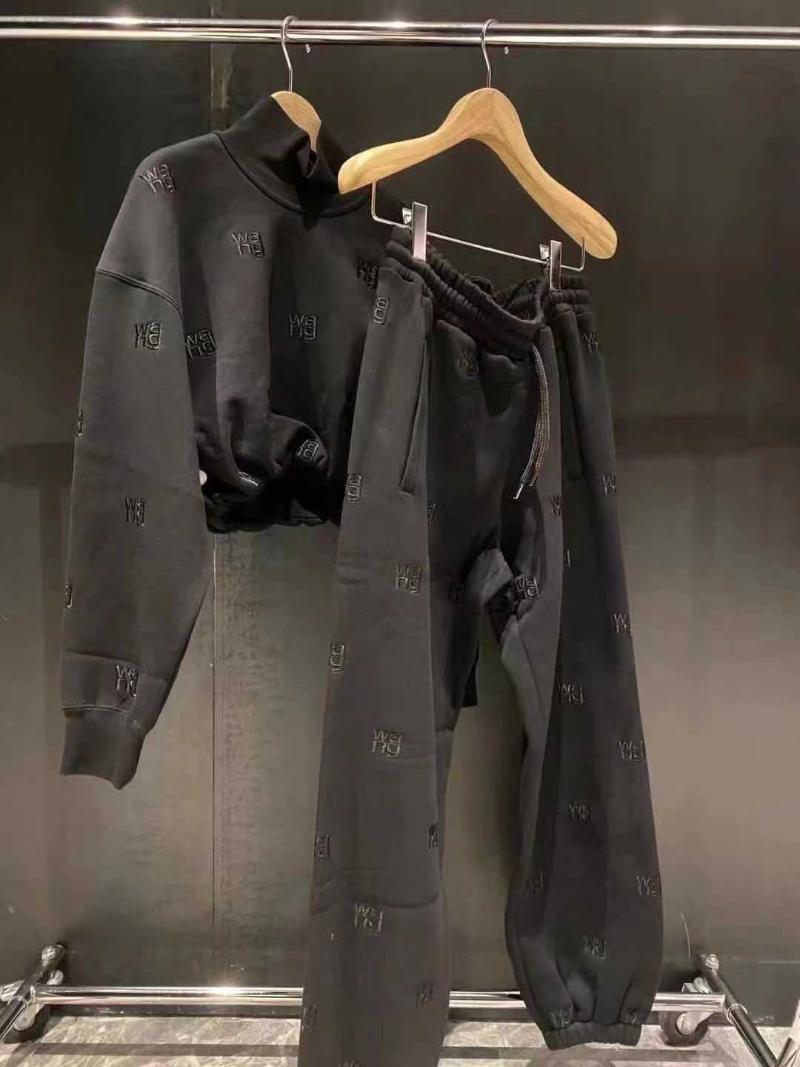 Pantalon de sport brodé au début du printemps, les femmes chutes / hiver sont lâchées et minces femmes