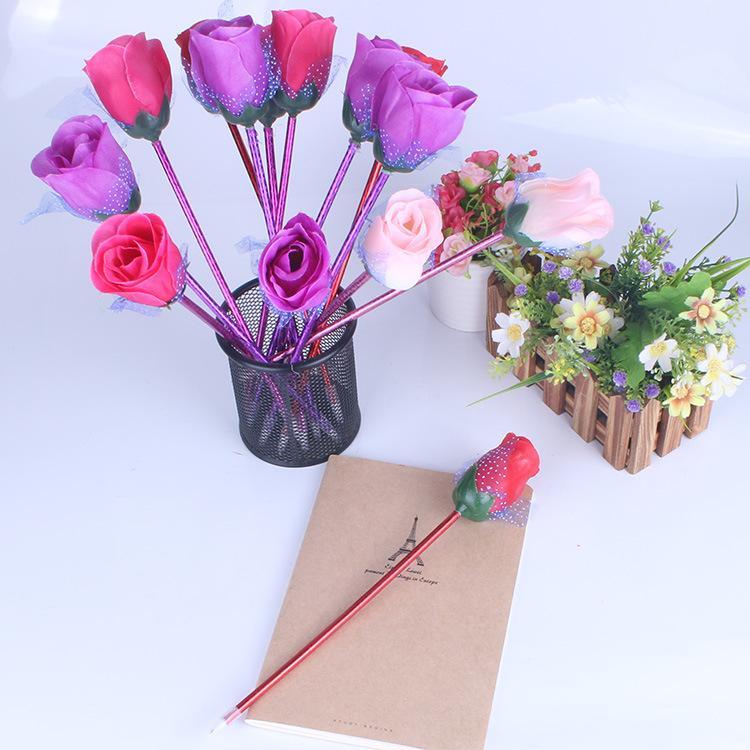 Stylo dessin animé rose stylo à bille mignon petit cadeau personnalisé papeterie personnalisé école primaire Prix pour promouvoir les cadeaux d'ouverture