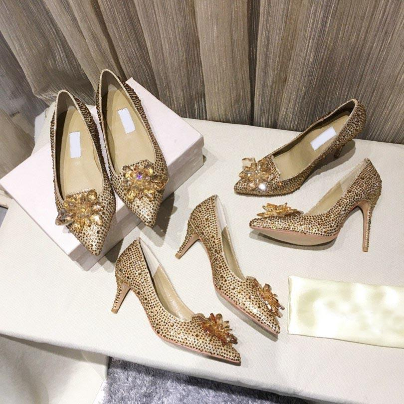 Fashion Grade Cinderella Crystal Shoe Shoe Donne da sposa Dress Shoes Shoes With Flower Genuine Pelle Tacco alto grande taglia piccola taglia 34-42