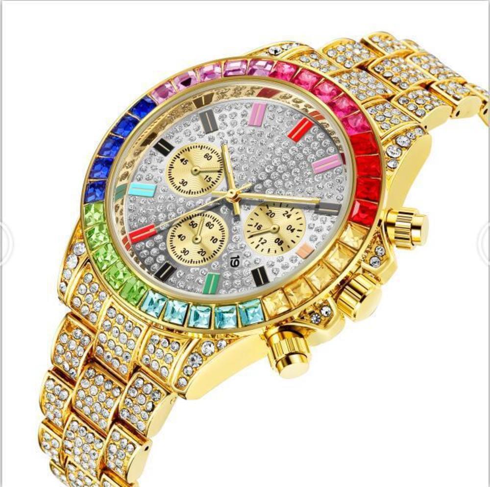 Regarder la couleur complète carrée de diamant trois yeux bande d'acier band calendrier doré masculine