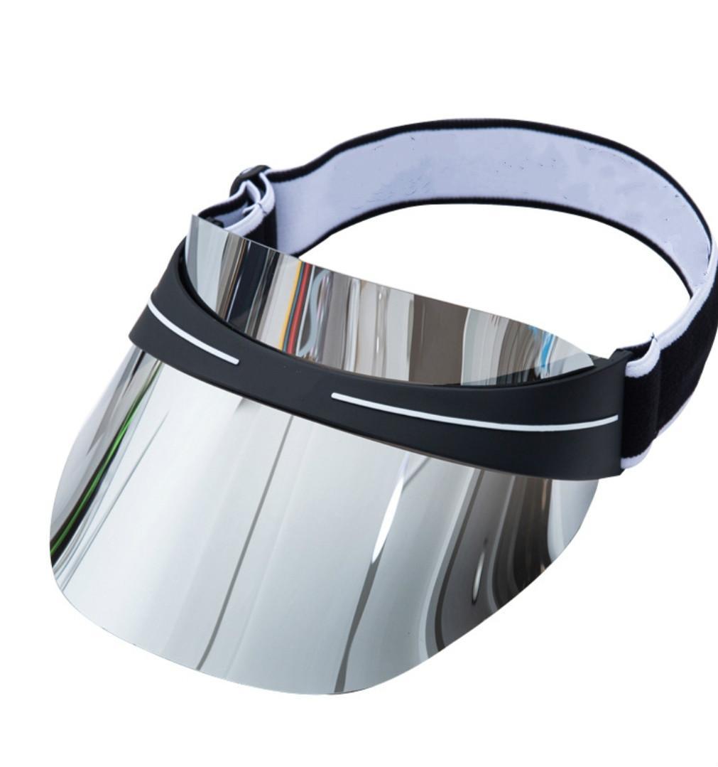 2021 HOT DESIGNER VISOR Fashion Summer Mode Hommes Et Femme Chapeau Derniers Design Couleur Dazzle Transparent PVC Chapeau Sun Chapeau