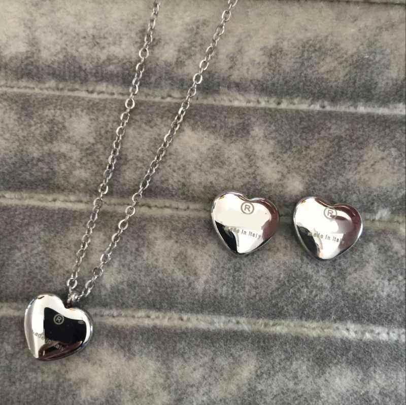 Alto design clássico polido mulheres brincos colar de aço inoxidável ouro prata colírio conjuntos coração amor pingente moda jóias por atacado
