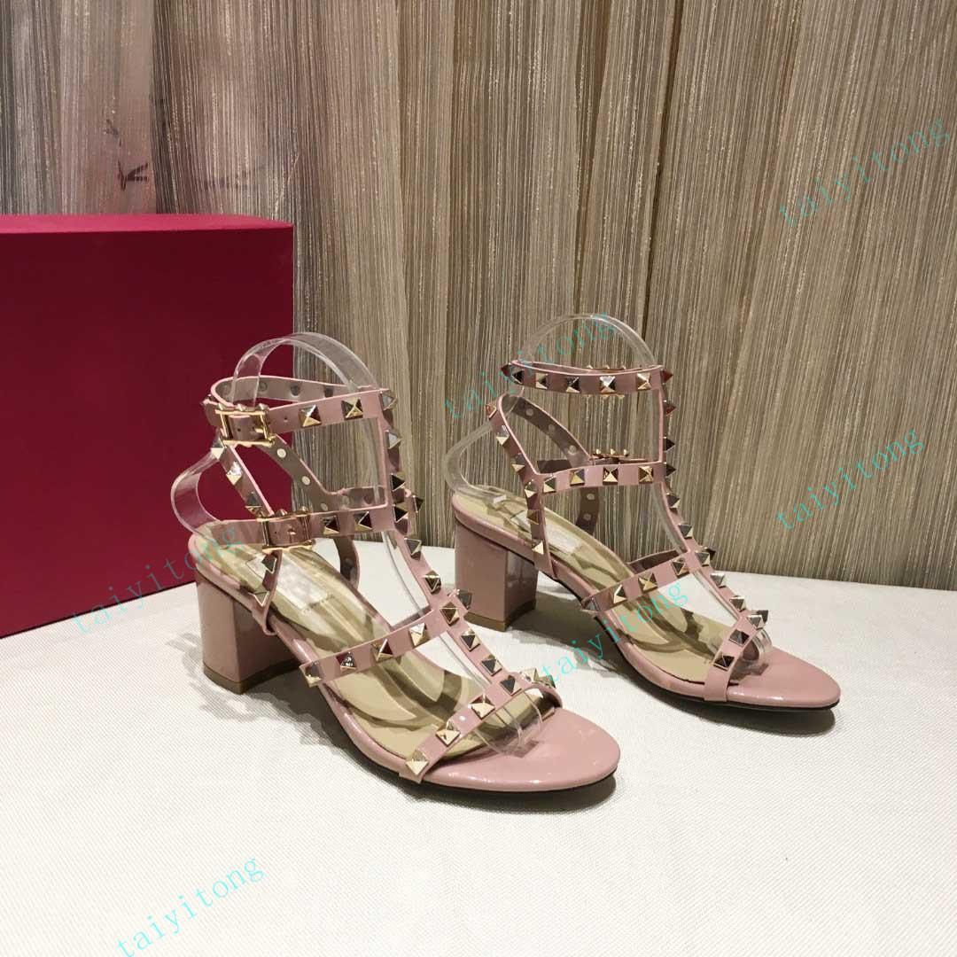 الأزياء الصيف الصنادل المرأة أحذية جلدية عالية الكعب الزفاف الجميلة السيدات حقيقية المسامير مثير في الهواء الطلق